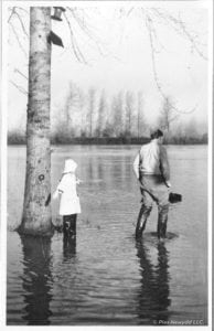 1946 flood, Saran Niel Morgan and her father, Aubrey